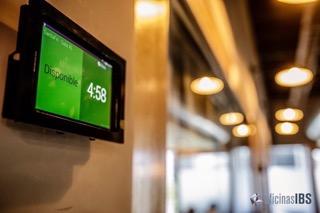 Oficinas Virtuales y Coworking IBS Santa Fe - Sistema de Reservaciones con Display